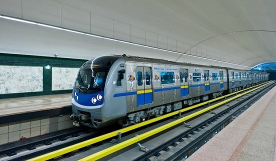 kazakhstan-subway8-550x324