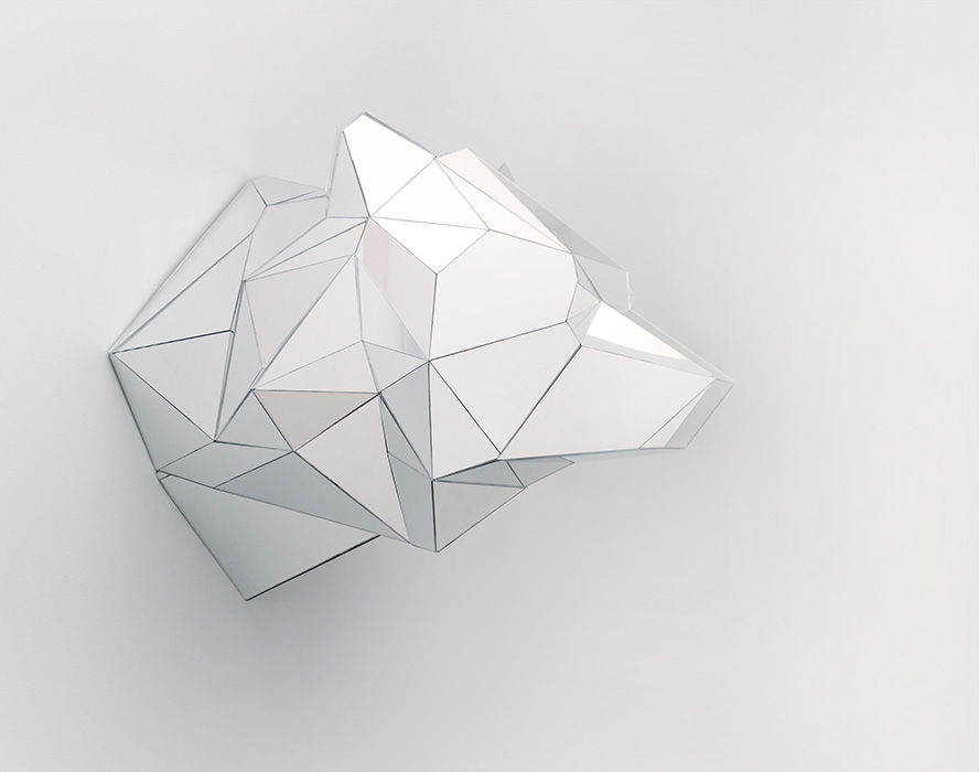 9_mirror_bear_head_700