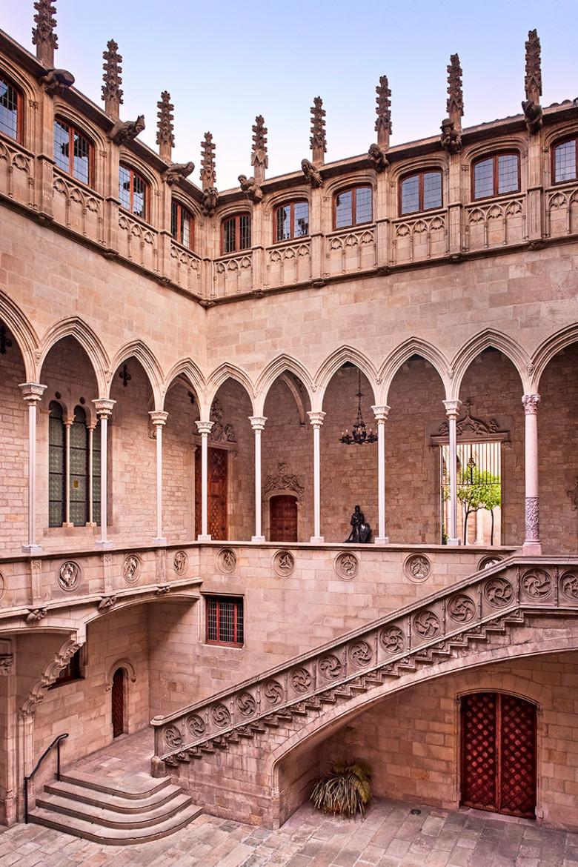 palacio-fotografo-generalitat-barcelona-1