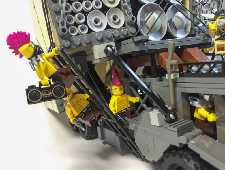 mad max lego-8-sala7design