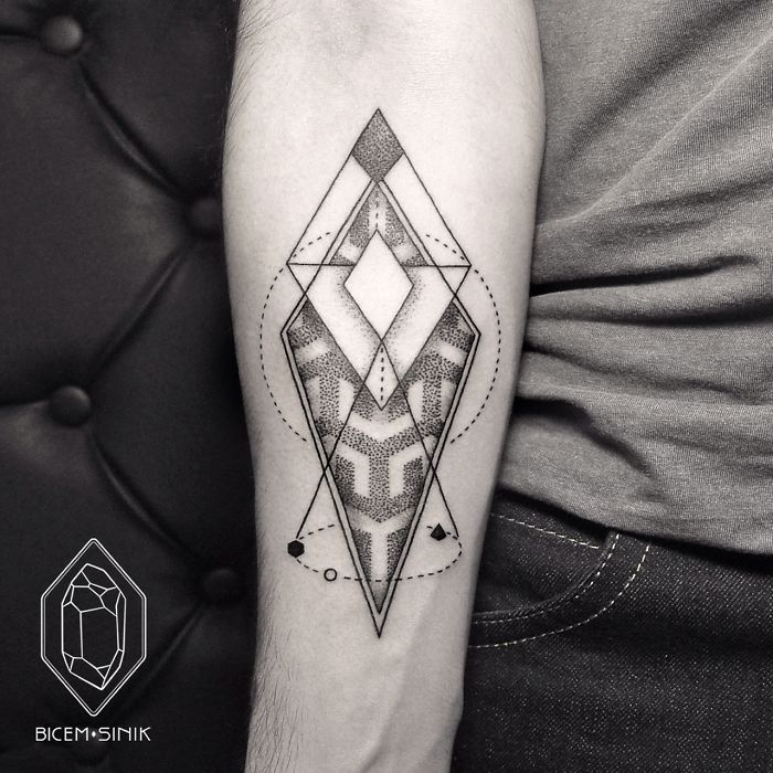 dotwork-line-geometric-tattoo-bicem-sinik-8