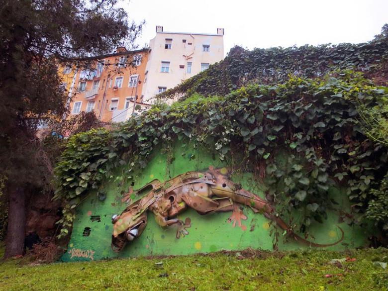 intervenção-artur bordalo-lixo-reciclável-eco-grafite-14
